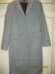 Пальто демисезонное размер 46