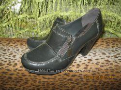 Закрытые туфли Clarks 38 размера