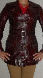 Кожаная куртка из лакированной кожи р. 44-46