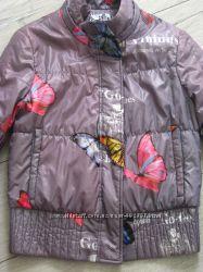 Модная курточка с бабочками р. S