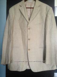 Стильный пиджак Giorgio Armani