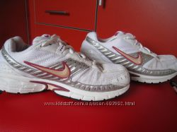 ��������� Nike Running�������� 38. 5�-� �� ������� 24. 5��.