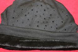 Продам красивую шапочку со стразами
