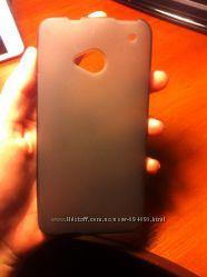 Силиконовый серый чехол на HTC one