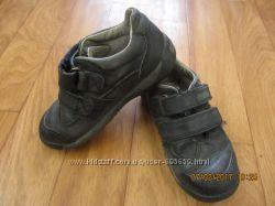 Туфли кожаные Clarks для мальчика р. 9F27-28 17см