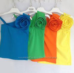 Нарядные майки с цветком для девочек в наличии жёлтая и зелёная