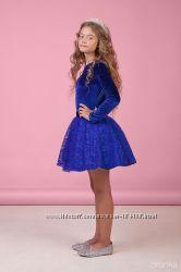 Нарядный комплект. костюм веллюр и кружево для девочки. подростка