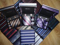 Наборы галстук запонки платок в наличии много