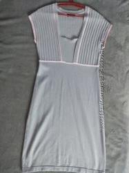 брэндовое платье ostin