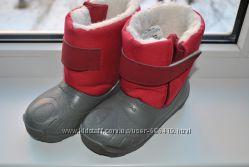 Зимние сапожки Quechua р. 26-27