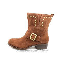 Замшевые  ботинки INC, куплены в Америке, размер 37 и 35. 5