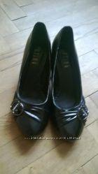 Новые туфли 39 р. 25 см.