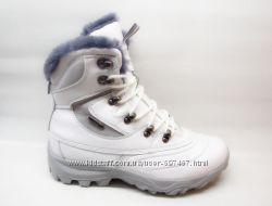 Ботинки зимние белые кожанные 40р. Наличие