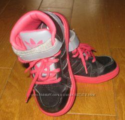 Кроссовки Adidas р. 25