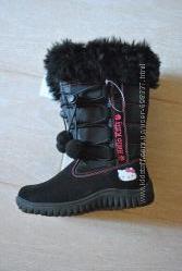 Продам новые зимние сапоги Hello Kitti 28 размера для девочки