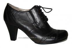 Жіночі туфельки