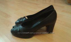 фирменные женские туфли  Гертц