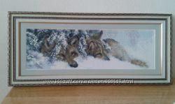 картинa Волки вышита нитками