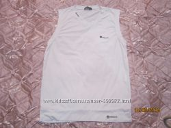 Продам  белую футболку  размер М