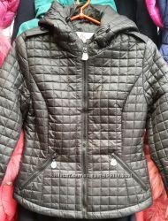 Женская деми куртка. Утеплитель однослойный синтепон. Чёрный и бежевый цвет