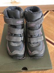 Зимние ботинки из Америки KEEN для девочки 17см