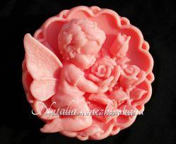 Мыло на подарок Ангел с розами ручной работы на 8 марта к