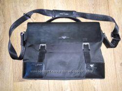 Стильная кожаная сумка Giorgio Armani Оригинал