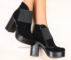 Ботинки замш на резинке на устойчивом каблуке