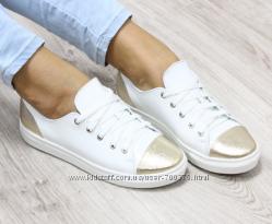 Кеды кожаные белые, золотой носок
