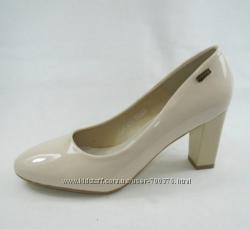 Туфли на устойчивом каблуке, беж