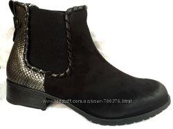 Ботинки черные, имитация змеиной кожи