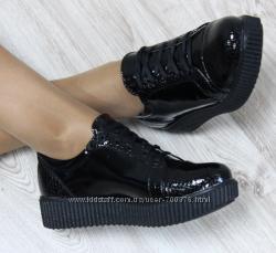 Туфли кожаные черные на шнуровке, носок питон