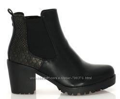 Ботинки черные с элементами кожи змеи
