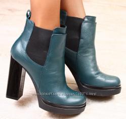 Ботинки кожа темно-зеленые на толстом устойчивом каблуке