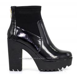 Ботинки черные тракторы