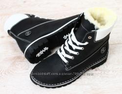 Ботинки Timberland черные натуральный нубук, на овчине
