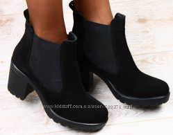 Ботинки замшевые на устойчивом каблуке