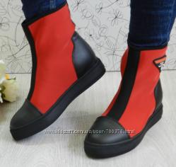 Ботинки демисезон черный  красный