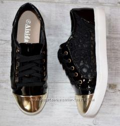 Кеды черные кружево, золотой носок