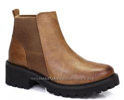 Ботинки на тракторной подошве, коричневые
