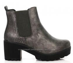 Ботинки с элементами кожи змеи, черные и серые