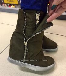 Ботинки демисезон хаки декор молнии