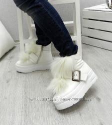 Ботинки кожаные зимние с ремешком и натуральным мехом