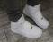 Кроссовки высокие белые с липучкой