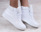Кроссовки кожаные белые, с серебристыми вставками