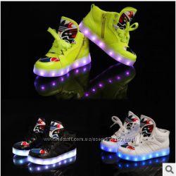 Хит 2015 года Светящиеся кроссовки для деток