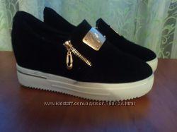Крутые ботинки, слипоны