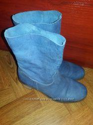 продам красивые кожаные ботинки