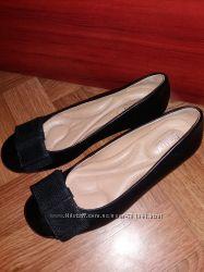 красивые новые туфли от хотер