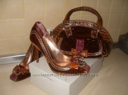 Нарядные туфли сумка  итальянской фирмы  Mario Bologua,